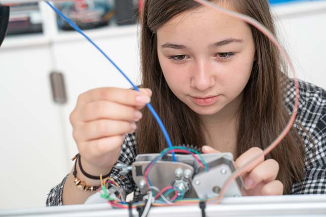 Report: To Engage Students, Science Ed Needs to Emphasize Local Phenomena